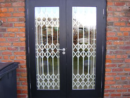 College and University Retractable Gate Window Security Specialists