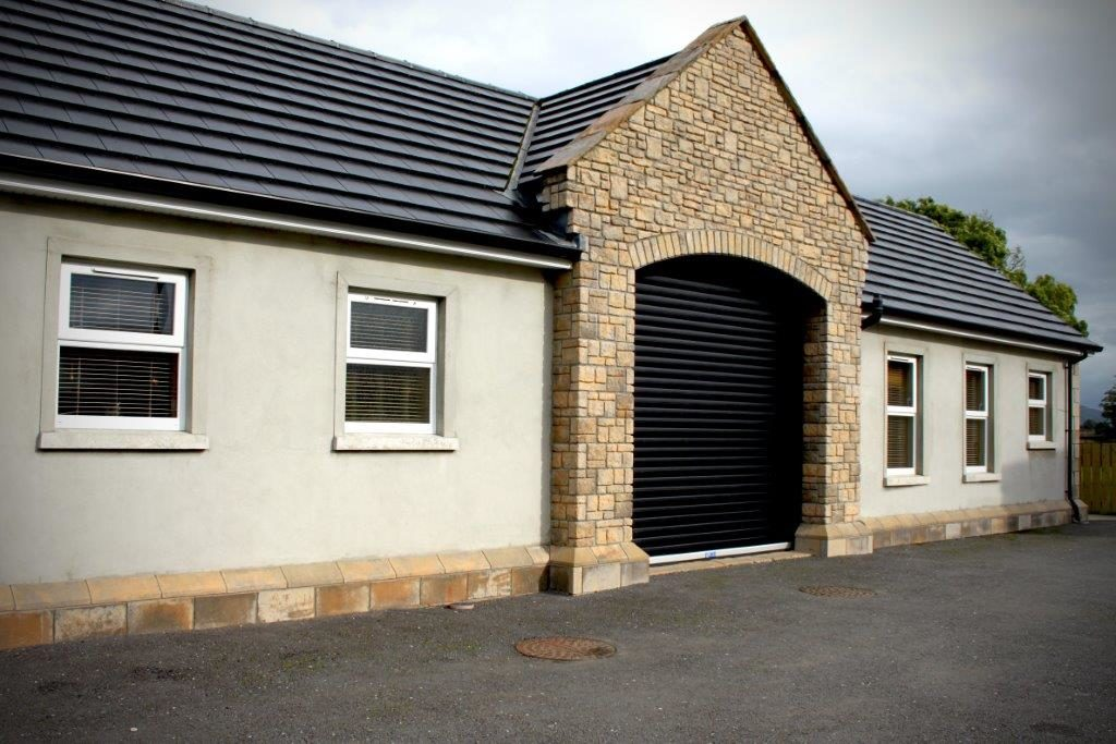 Industrial Insulated 95mm Lath Black Finish