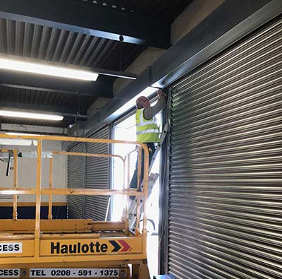 Roller Shutter Fitters Wanted
