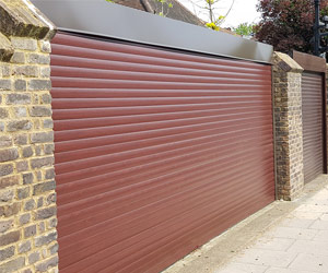 Rosewood-Domestic-Shutter
